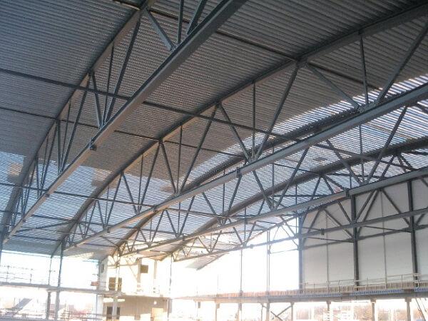 Ueberdachung Sporthalle Fachwerkbinder